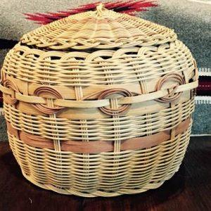 DR 413 Honeysuckle Basket