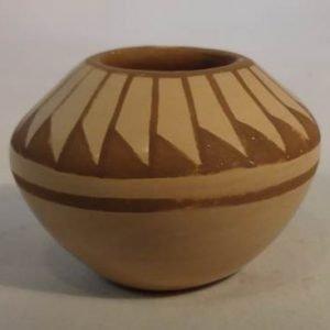 DR 241 Miniature Feather Design Bowl