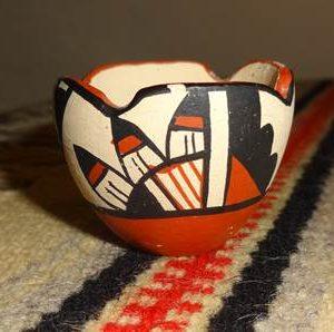 DR 240 Miniature Polychrome Bowl