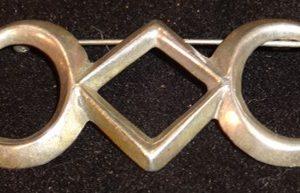 DR 1154 Vintage Geometric Shaped Pin