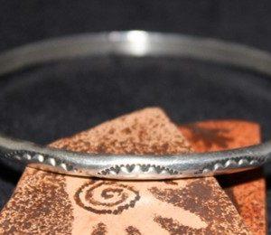 DR 154 Sterling Silver Hoop Bracelet