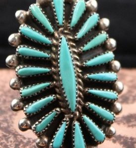 DR 180 Zuni Needlepoint ring