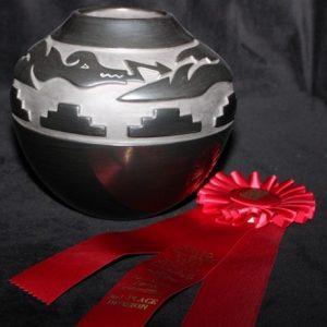 DR 2119 Toni Roller Traditional Carved Jar