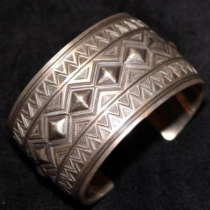 DR 1260  Revival Style Sterling Cuff