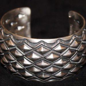 DR 1262   Classic Design Cuff